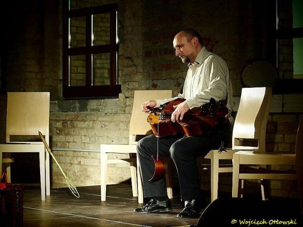 koncert Cztery mile za Warszawą w C. H. Plaza Suwałki - 14 marca 2012 #PlazaSuwałki