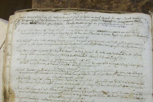 Księga parafialna z Cingoli,w lewym,górnym rogu jest informacja, iż znajduje się tam wpis księdza,który został papieżem jako Pius VIII (Pio),pochodził właśnie stamtąd.