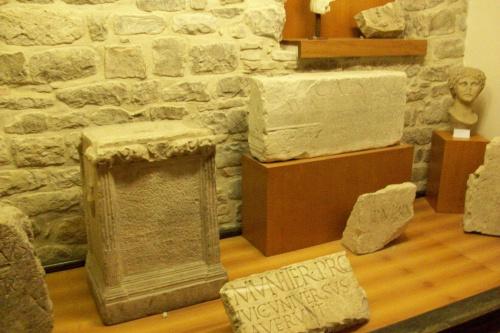 Zabytki z czasów rzymskich w Muzeum Archeologicznym w Cingoli.
