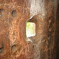 Płyta pancerna w komorze bojowej #bunkier #Gościeradów
