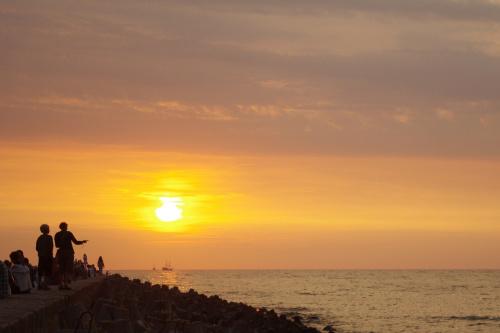 naoglądałam się zdjęć w fotopojedynku o tematyce morskiej i zatęskniło mi się za tymi widokami na żywo :) #morze #Bałtyk #Darłówko