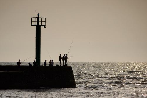 marzy mi się taki widok na żywo- zdjęcie sprowokowane aktualnie toczącym się foto-pojedynkiem- Darłówko 2010 :) #morze #Bałtyk #Darłówko #port #wędkarstwo