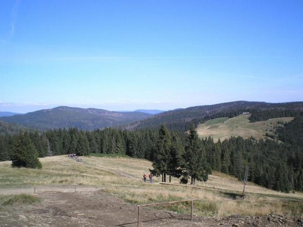 Kudłoń i polana Wzorowa z polany Wolnica, spod schroniska na Turbaczu #góry #beskidy #gorce #turbacz #HalaDługa #HalaTurbacz #CzołoTurbacza #turbaczyk