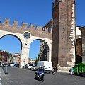 Portoni della Bra - jedna z bram w Weronie #Adyga #Arena #balkon #Bazylika #Julii #miasto #Most #Romea #rzeka #Szekspir #Veneto #Verona #Werona #Włochy