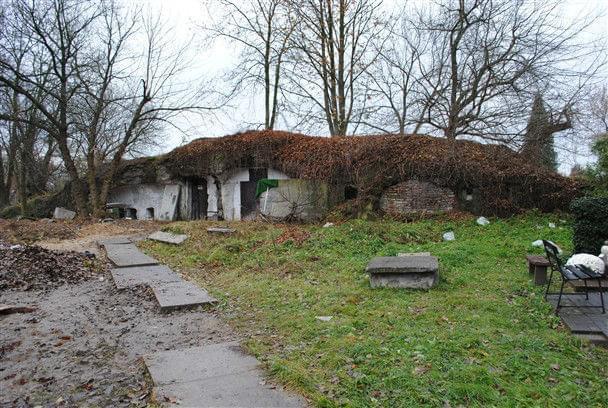 Resztki kaponiery #fort #kaponiera #ruiny #włochy