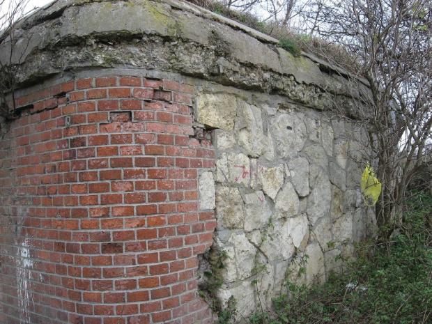 Narożnik i boczna ściana kamienna #bunkier #TwierdzaKraków