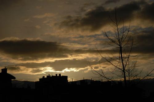 Na pół godziny przed zachodem słońca ... przejaśnia się:)