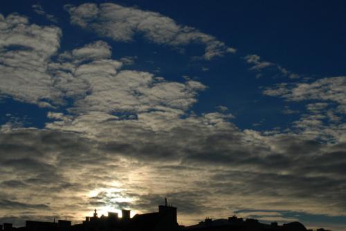 Błękitne niebo nad Krakowem - 3 stycznia 2012 :)