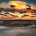 skała wielorybia #chmury #ocean #poranek #przyroda #woda #WschódSłońca