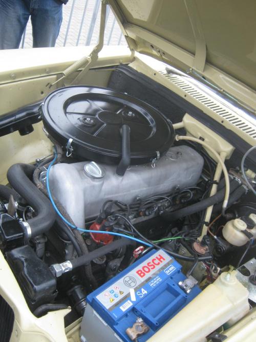 230 R6 Mercedes