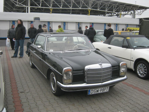 W115 #MercedesBenz #W116