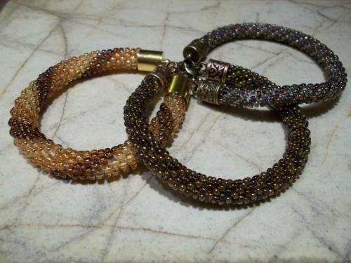 bransoletki z koralików