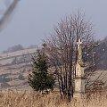 w polu ... #Chomiąża #krzyż #WPolu #jesień