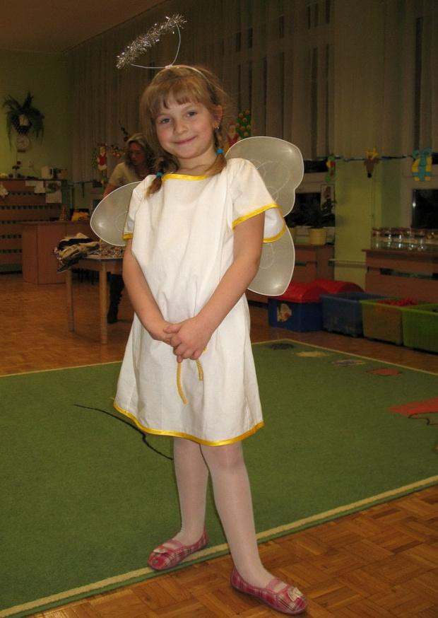 ANIOŁEK ... :))) ... ??? #aniołek #Dominika #jasełka #przedszkole #rodzina #wnuczka